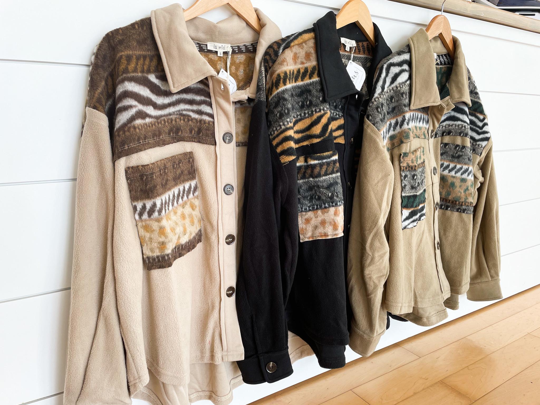 Collared Contrast Neckline Jacket