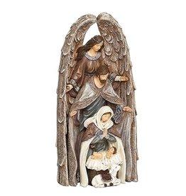 Nesting Holy Family  in Angel Set of 4