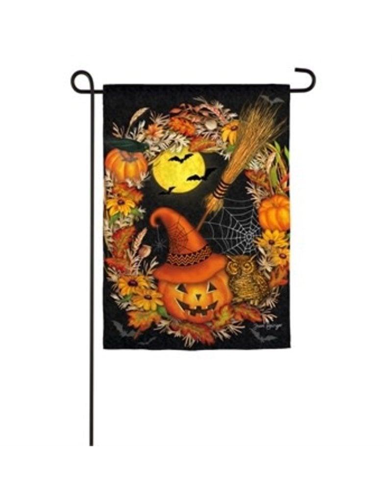 Halloween Wreath Garden Flag