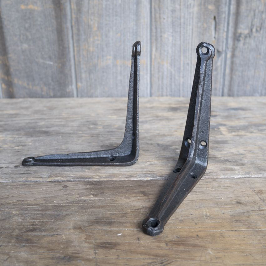 New Cast Iron L-Shaped Bracket
