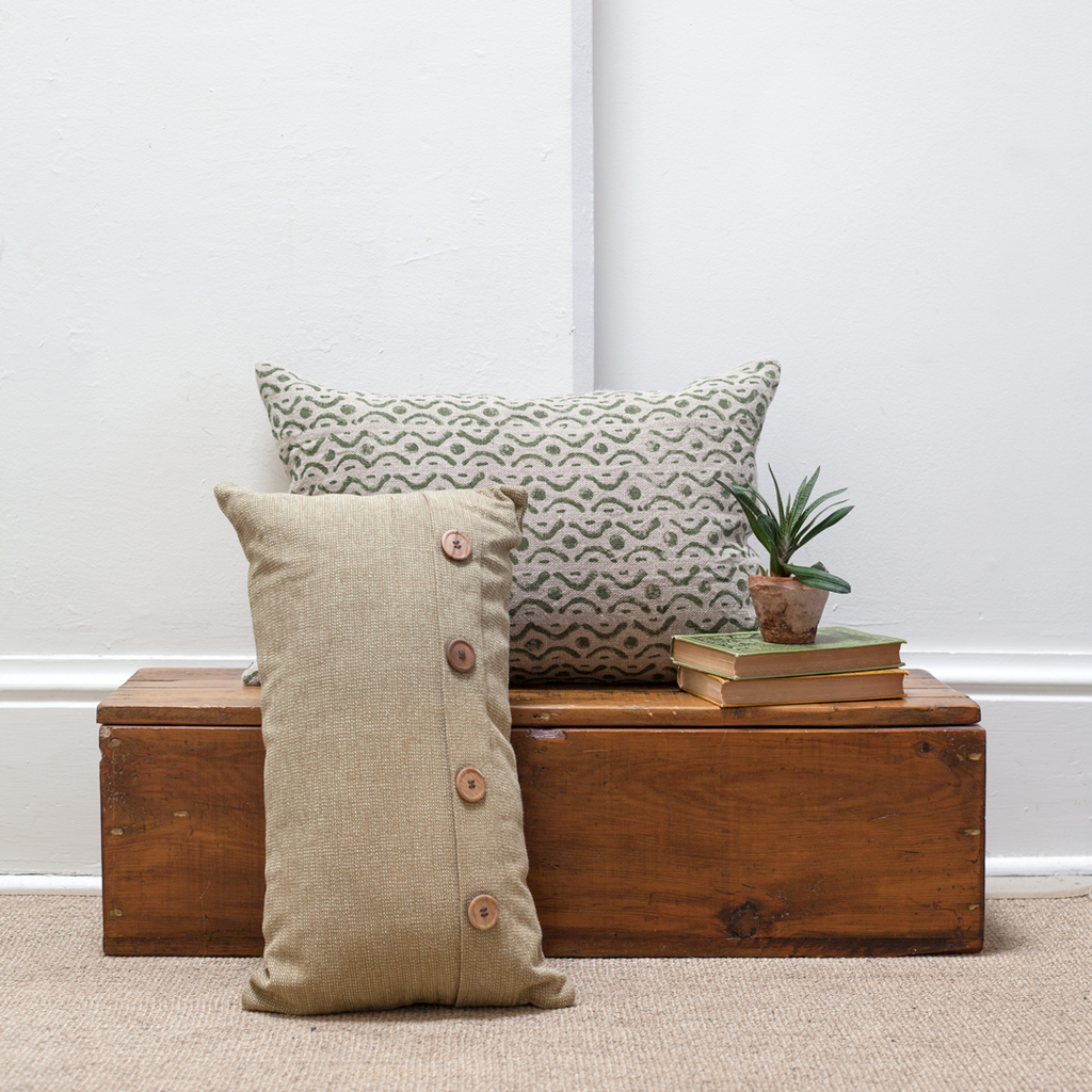 Cotton Weave Buttoned Pillow - Olive