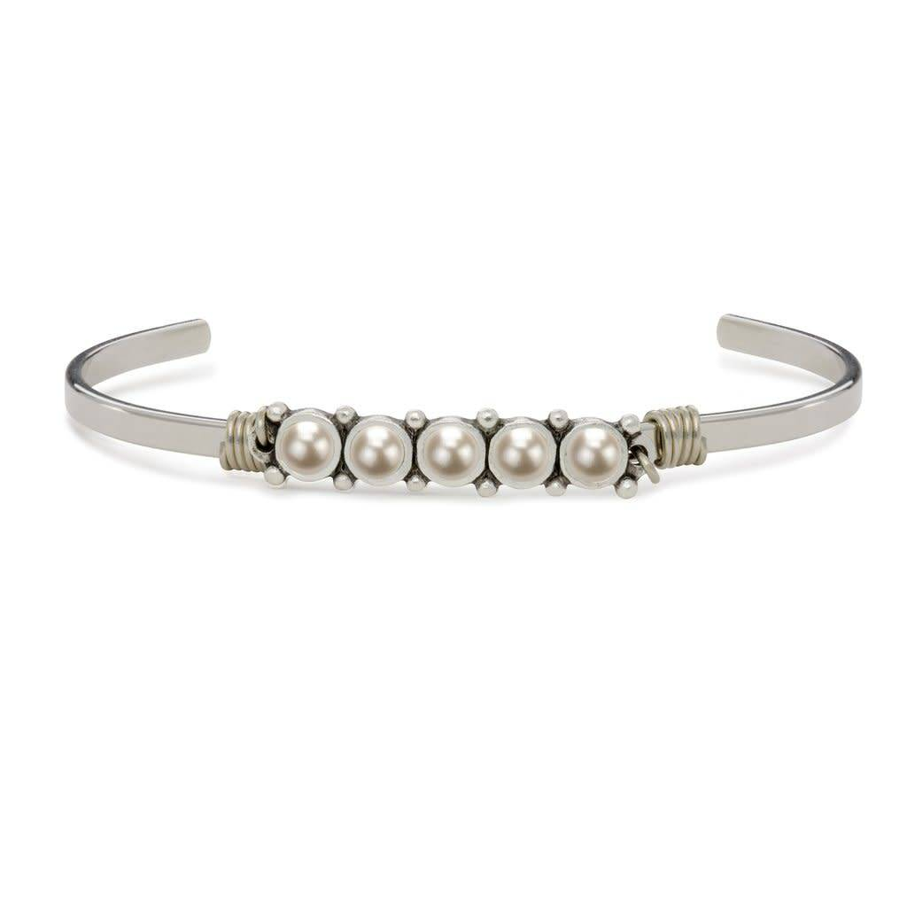 Crystal White Pearl Cuff Silver PC115S