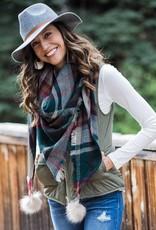 plaid triangle scarf™