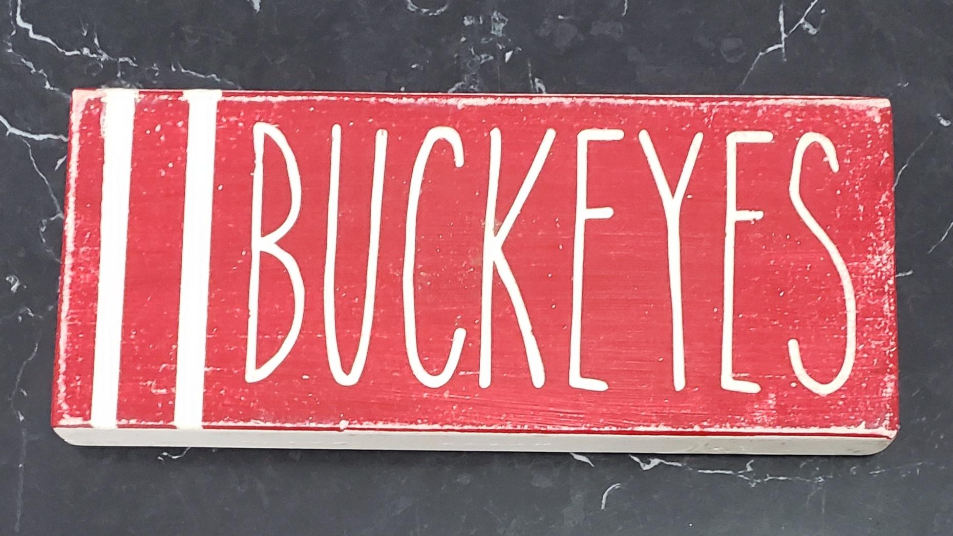 3x8 BUCKEYES STRIPED SIGN