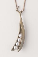 Pea Pod 16 Adj. 4 Pearl  Pendant-Bronze White Pearl