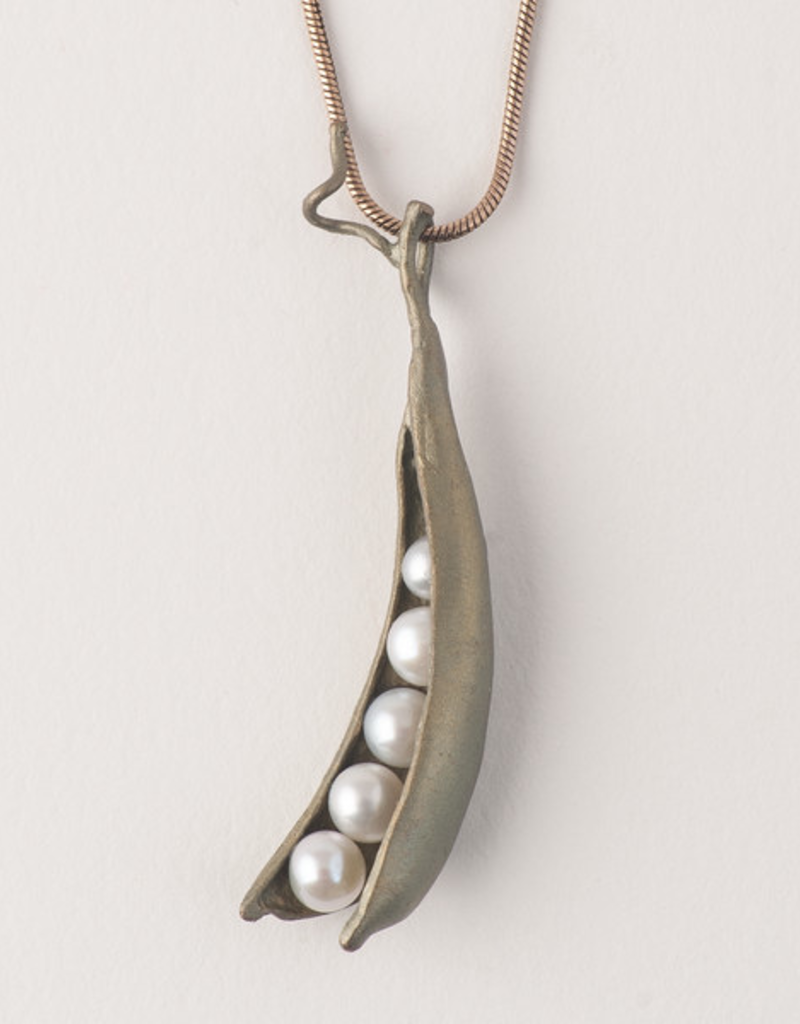Pea Pod 16 Adj. 5 Pearl  Pendant