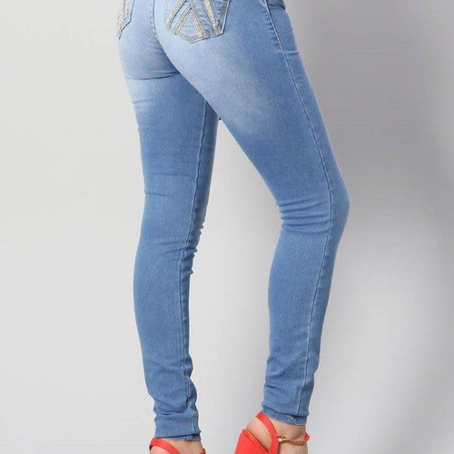 Push Up Light Jeans W/ Crystal