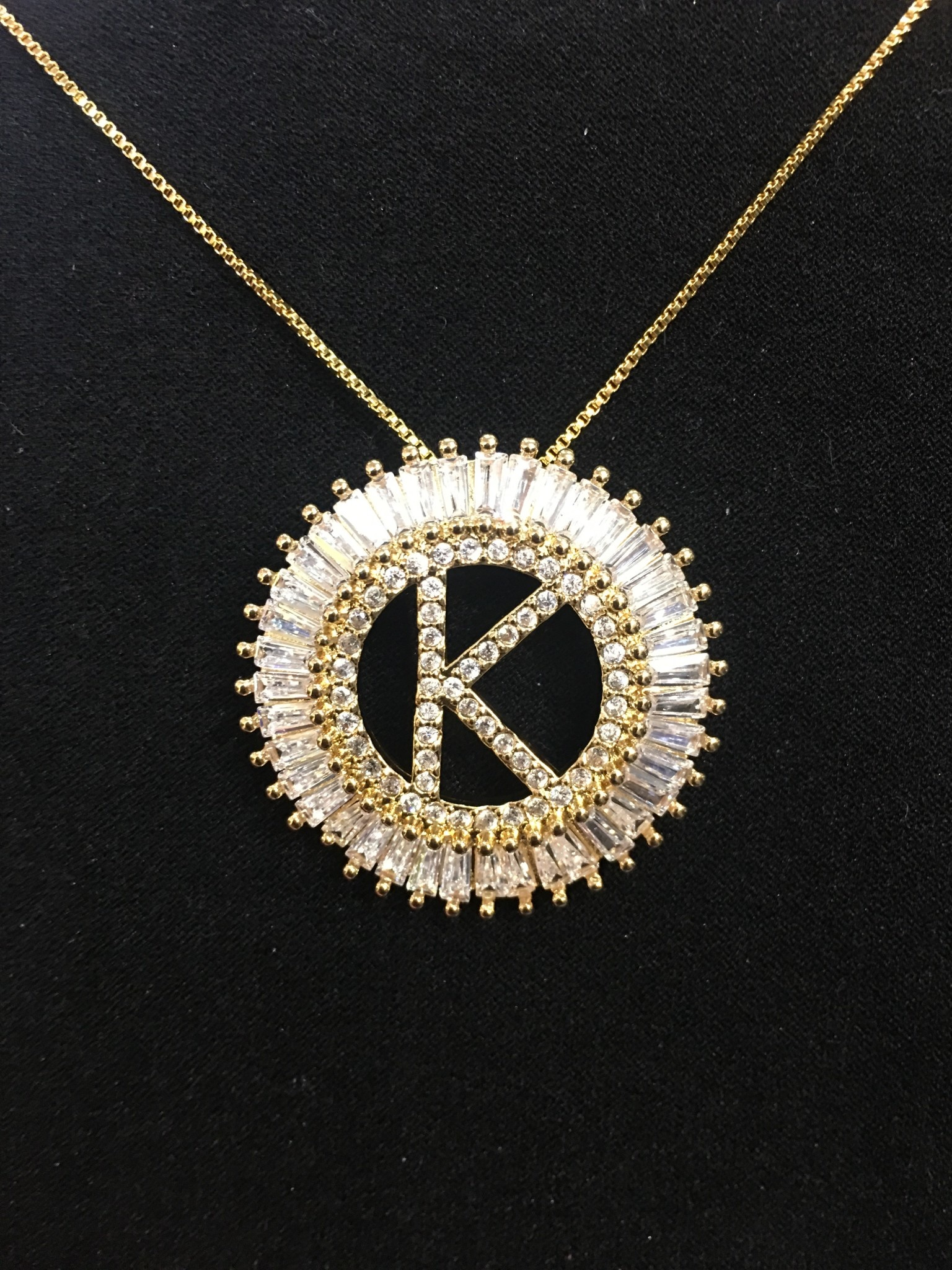 Letter's Necklace White