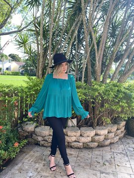 SB116188 Square Neck Longsleeved Top