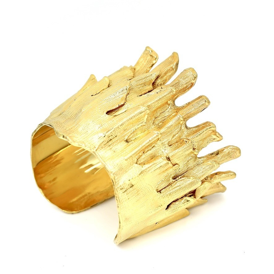 Spiny Murex Conch Cuff - Gold Plate