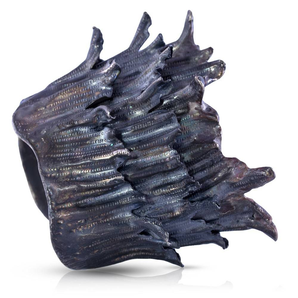 Spiny Murex Conch Cuff - Alpaca - Oxidized (Single)
