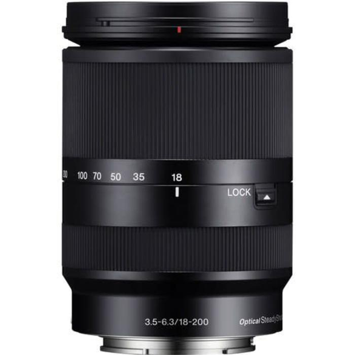 Sony E 18-200mm f/3.5-5.6 LE OSS