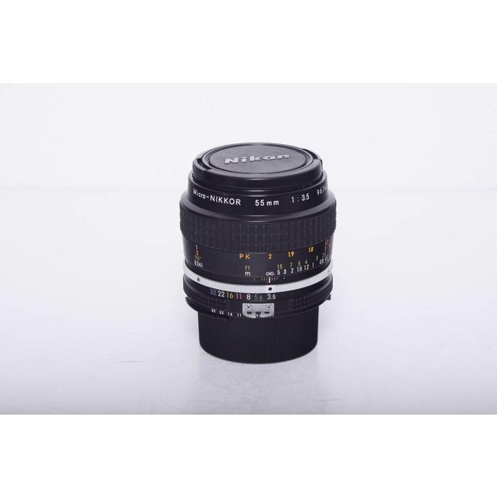 Nikon 55mm f/3.5 Micro
