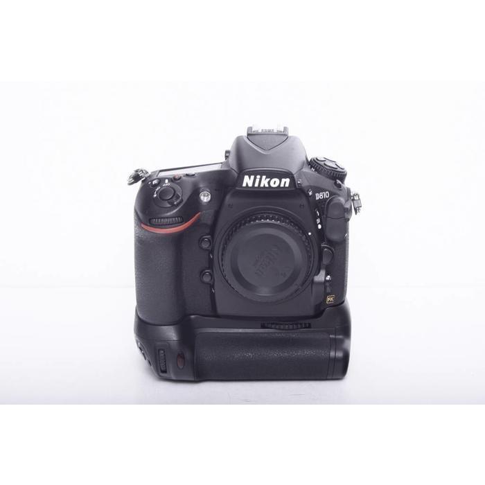 Nikon D810 Body w/ Battery Grip (DEKK Brand Grip / 8609 shutter count)