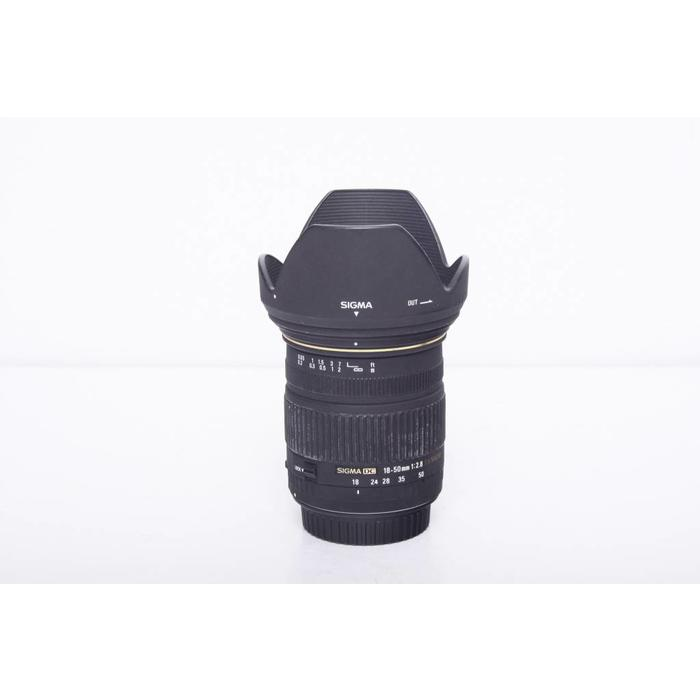 Sigma 18-50mm f2.8 DC EX Macro for Canon