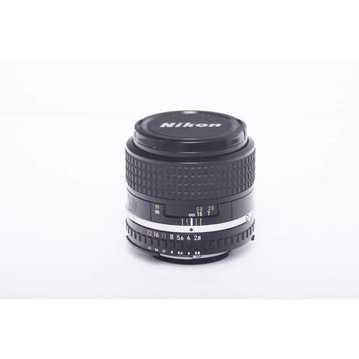 Nikon 100mm Series E f/2.8