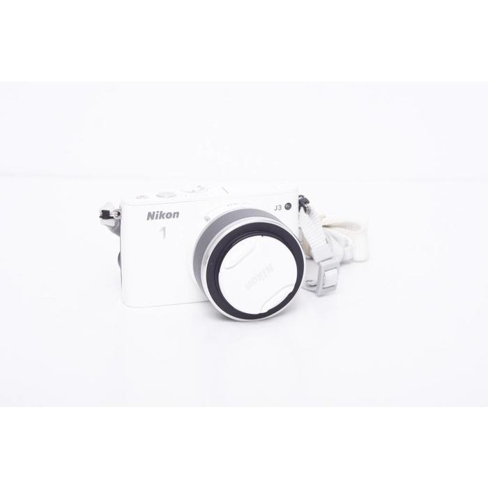 Nikon J3 w/ 10-30mm lens (White)