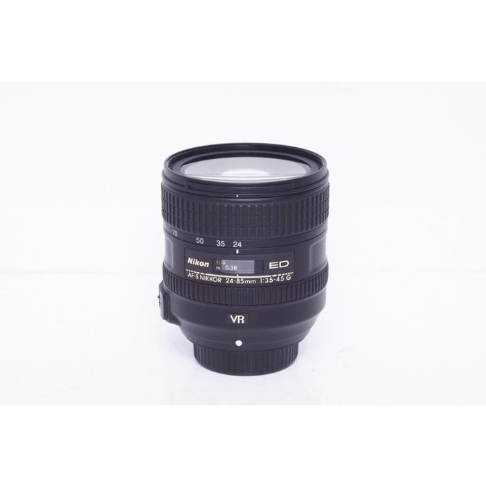 Nikon AF-S 24-85mm f3.5-4.5 VR