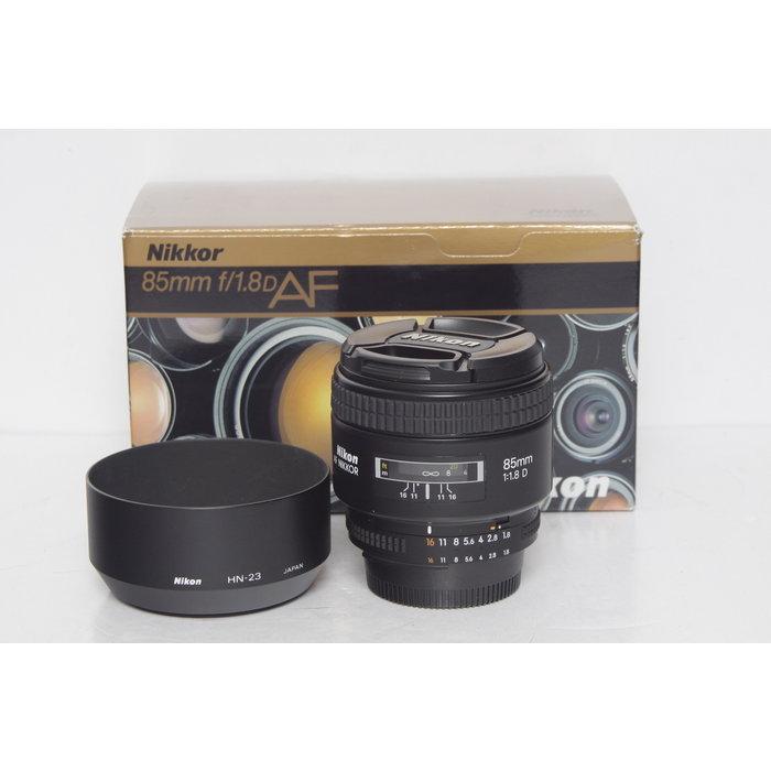 Nikon 85mm f/1.8 D AF