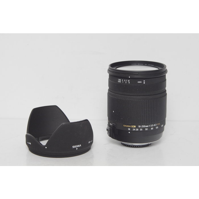 Sigma 18-250mm DC f/3.5-6.3 HSM (Nikon)