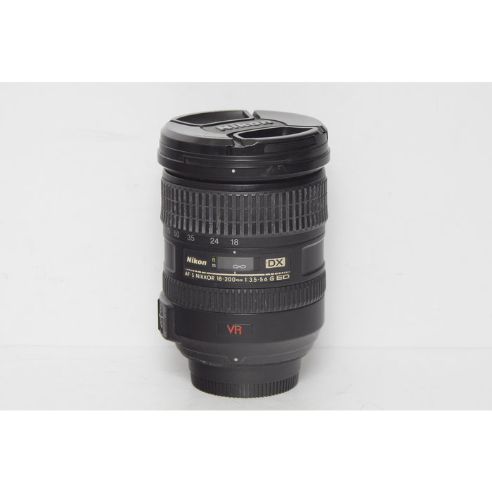 Nikon AF-S DX 18-200mm f/3.5-5.6 G ED VR