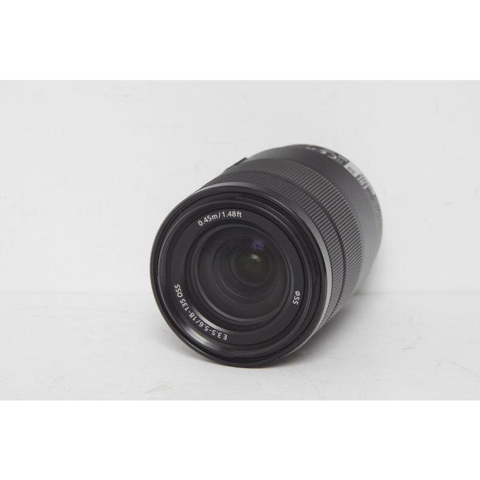 Sony E 18-135mm OSS f/3.5-5.6