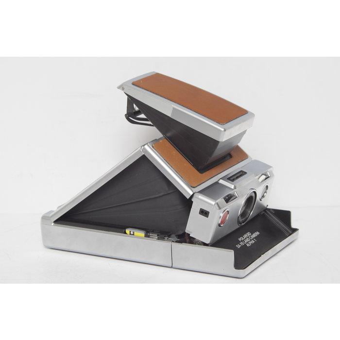 Polaroid SX-70 w/ Case