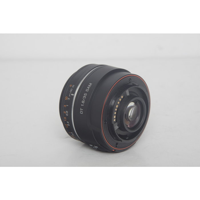 Sony Alpha 35mm f/1.8 A-mount Wide Angle Lens