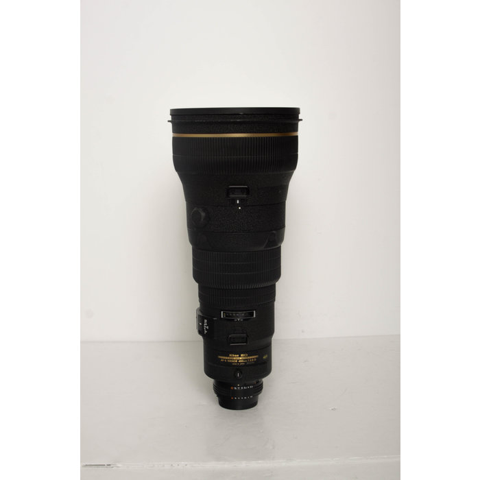 Nikon AF-S 400mm f/2.8 D ED