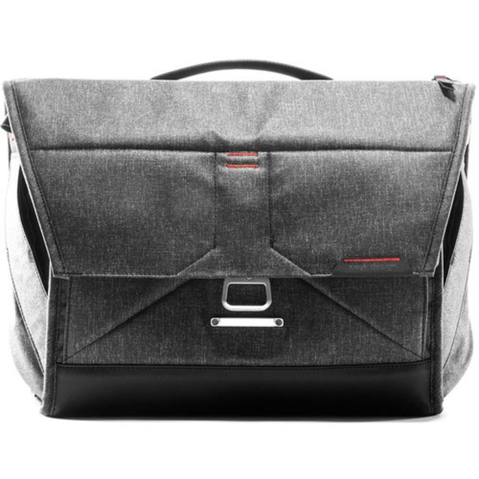 "Peak Design Everyday Messenger 15"" - Charcoal"