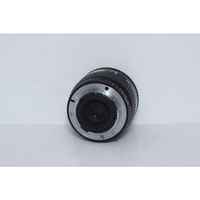 Nikon NIkkor AF 35-70mm f/3.3-4.5