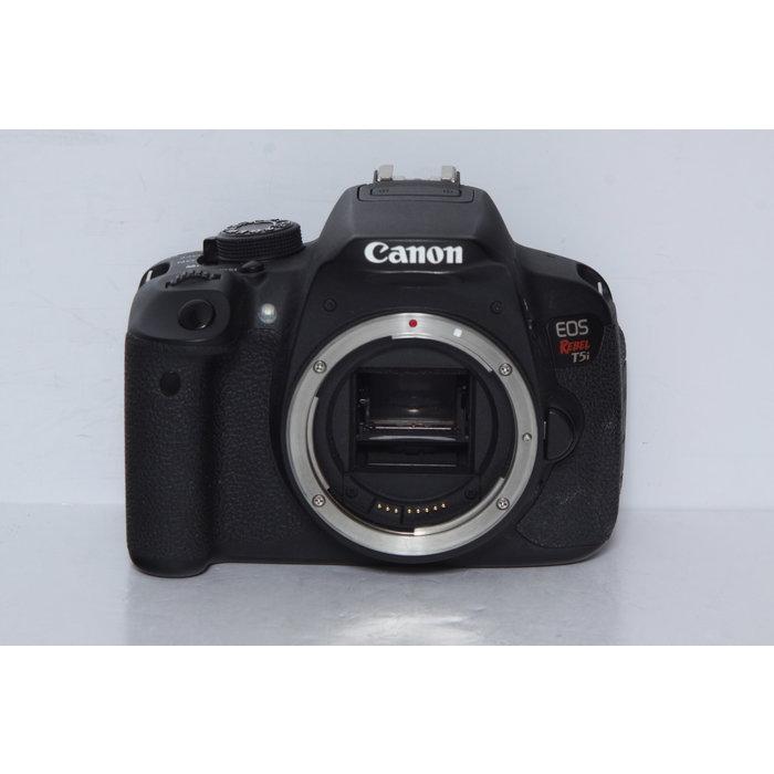 Canon EOS Rebel T5i - Body