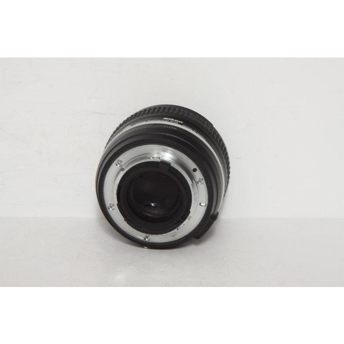 Nikon AF-S 50mm f/1.8 G Special Edition