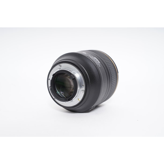 Nikon AF-S 85mm f/1.4G
