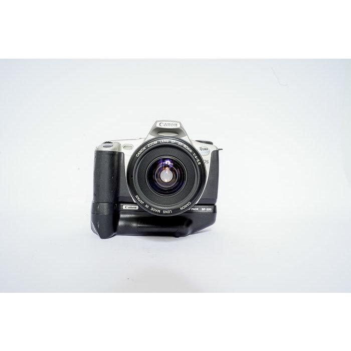 Canon EOS Rebel 2000 w/ 35-80mm f/4-5.6