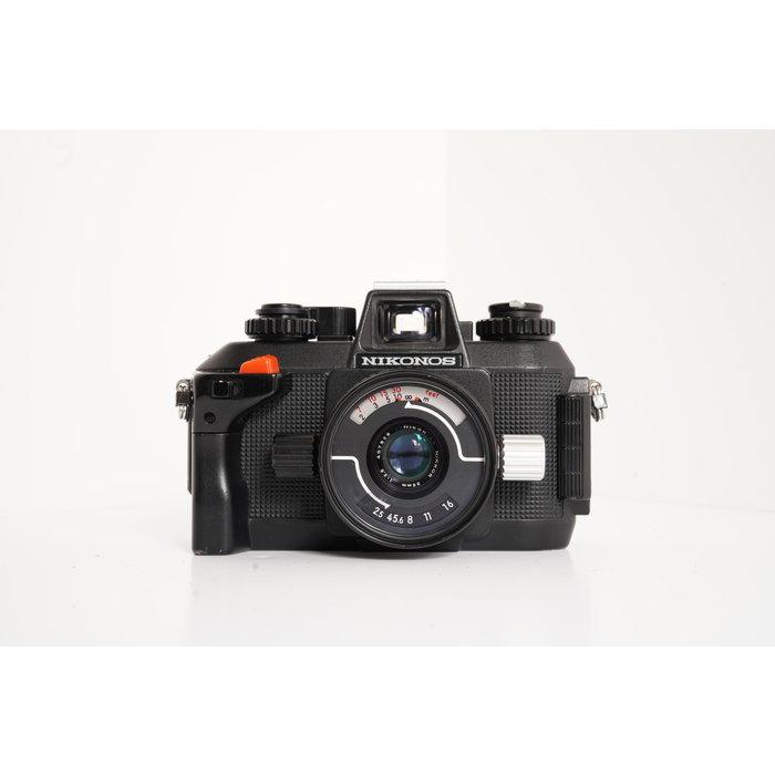 Nikon Nikonos IV-A Underwater 35mm Film Camera Body