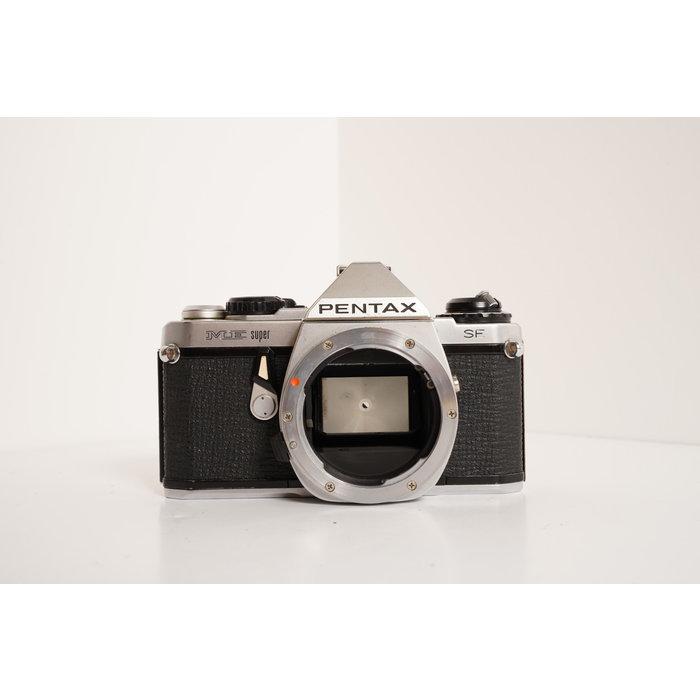Pentax ME Super SE w/Sigma 35-70 f/2.8-4
