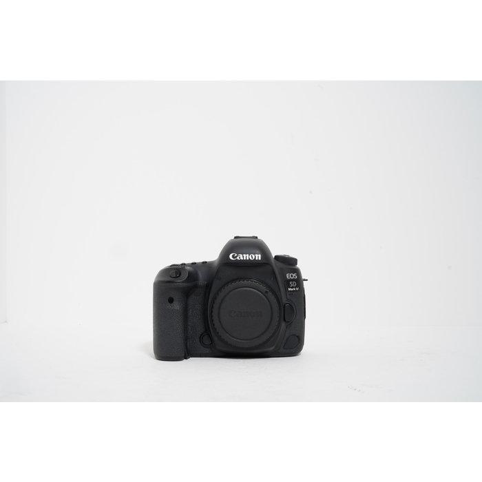 Canon EOS 5D Mark III DSLR Camera Body
