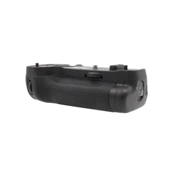 ProMaster Vertical Power Grip - Nikon D500