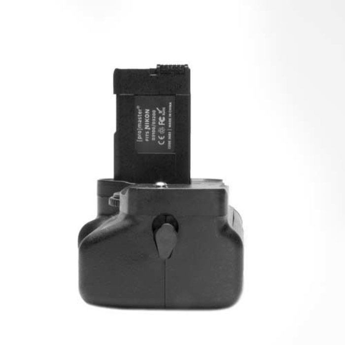 ProMaster Vertical Power Grip - Nikon D3100/3200
