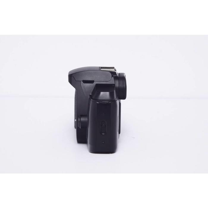 Canon EOS Rebel 888 w/ EF 35-80mm