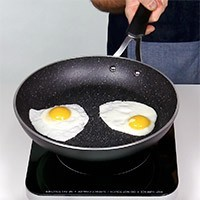 "7"" (18 cm) The Rock Small Frypan"