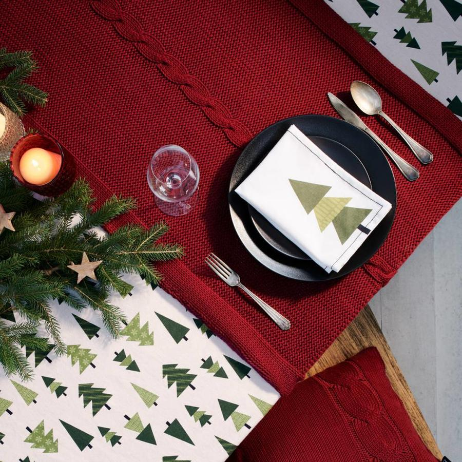 Red Knit Table Runner - Photo 0