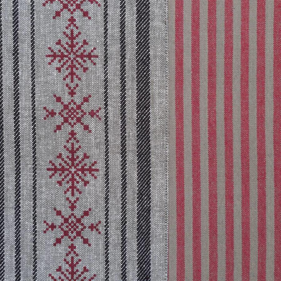 Tablecloth with Stripes and Red Snowflakes - Photo 1