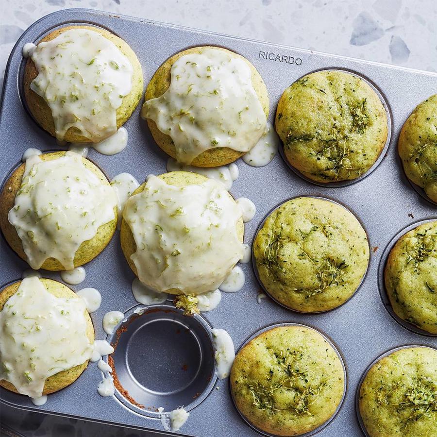 Moule antiadhésif à 12 muffins - Photo 1