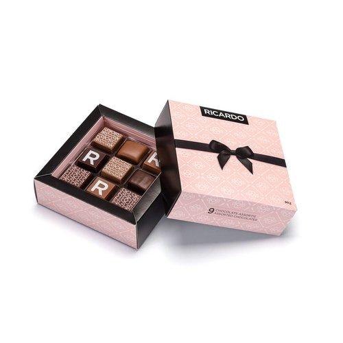 Boîte de chocolats de Saint-Valentin assortis