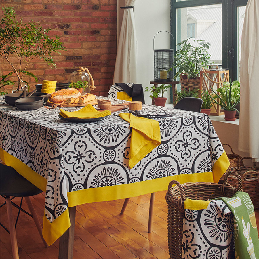 Graphic Print White Tablecloth with Canary-Yellow Border - Photo 1