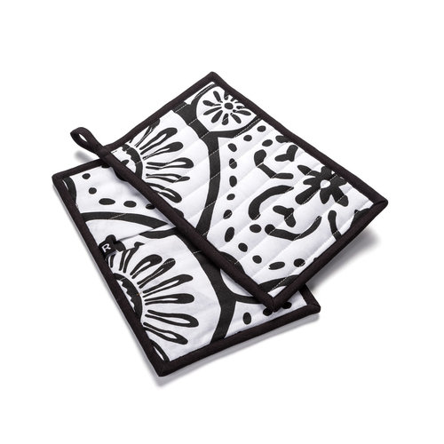 White Pot Holders with Black Graphic Patterns