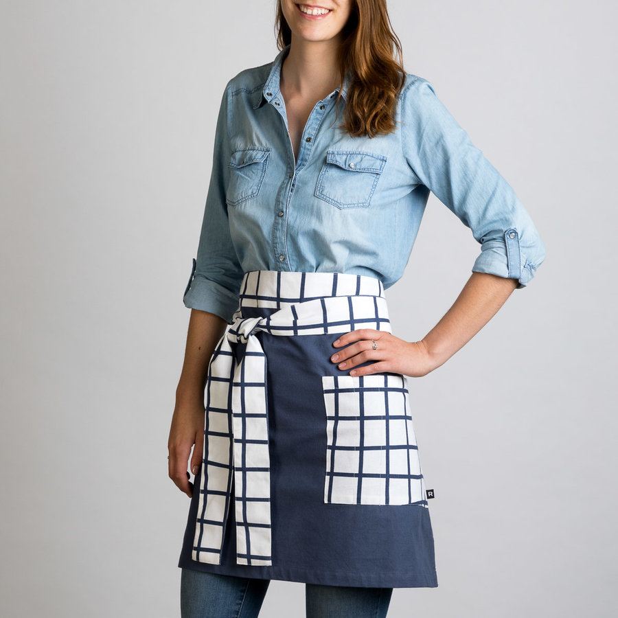 Tic-Tac-Toe Half-Apron - Photo 0