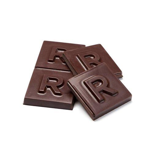 Grande barre de chocolat noir